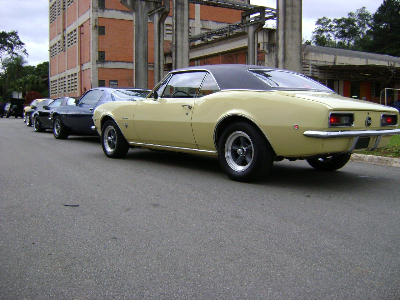 chevy_camaro_67_butternut_yellow_DSC00652.jpg