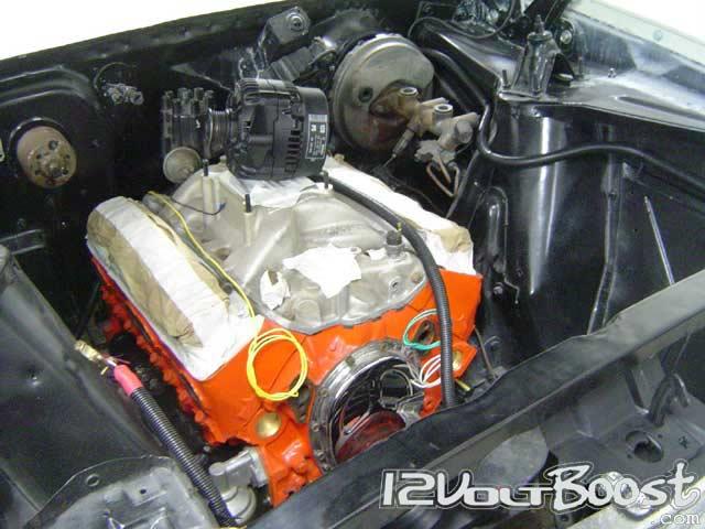 Chevy_Nova_II_67_Motor_Alternador.jpg