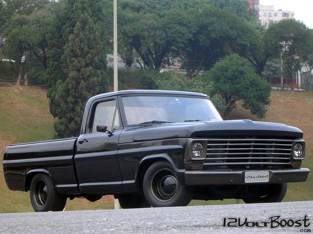 Ford_F100_Look_USA_1967_1979_Carro_roda_dia_a_dia.jpg