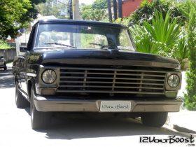 Ford_F100_Look_USA_1967_1979_Grade_Americana_Carroceria_Quadrada_5a_Geracao.jpg
