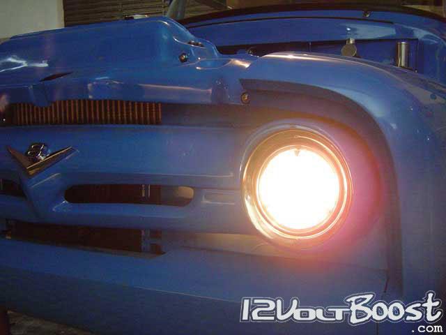 Ford_Truck_F100_1959_BlueRock_Farol.jpg