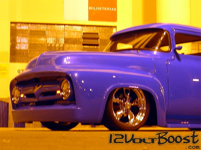 Ford_Truck_F100_1959_BlueRock_cabine.jpg