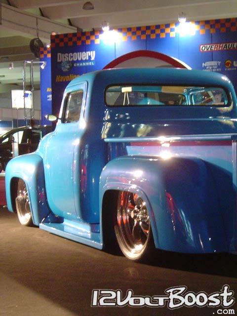 Ford_Truck_F100_XtremeMotorSports_2006_f.jpg