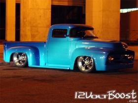 Ford_Truck_F100_1959_BlueRock_dianteira.jpg