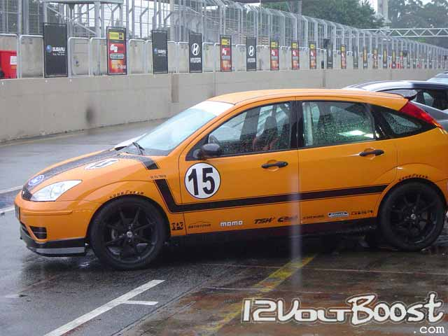 QRX-Ford-Focus-Boss-2007-Painel-Interruptores.jpg