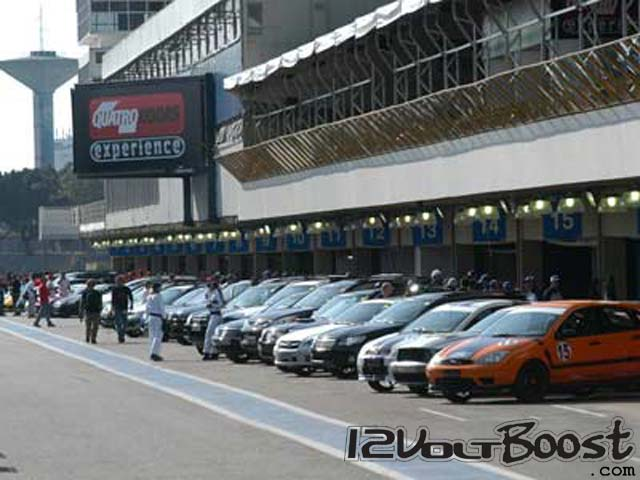 QRX-Ford-Focus-Boss-2007-Test-Drive-Autodromo-Interlagos.jpg