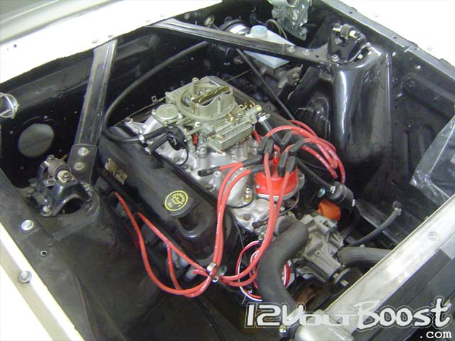 Ford_Mustang_66_HardTop_Burgundy_Stripes_Engine.jpg