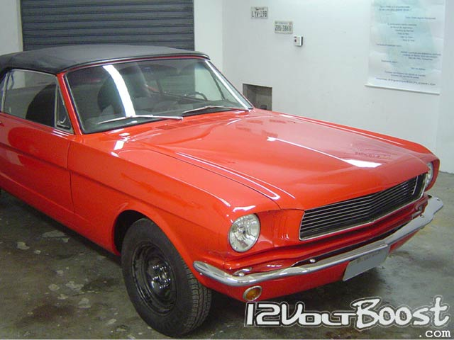 Ford_Mustang_65_66_Convertible_Red_03.jpg